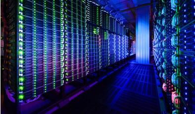 Рынок услуг дата-центров уверенно растет и уходит в «облака»