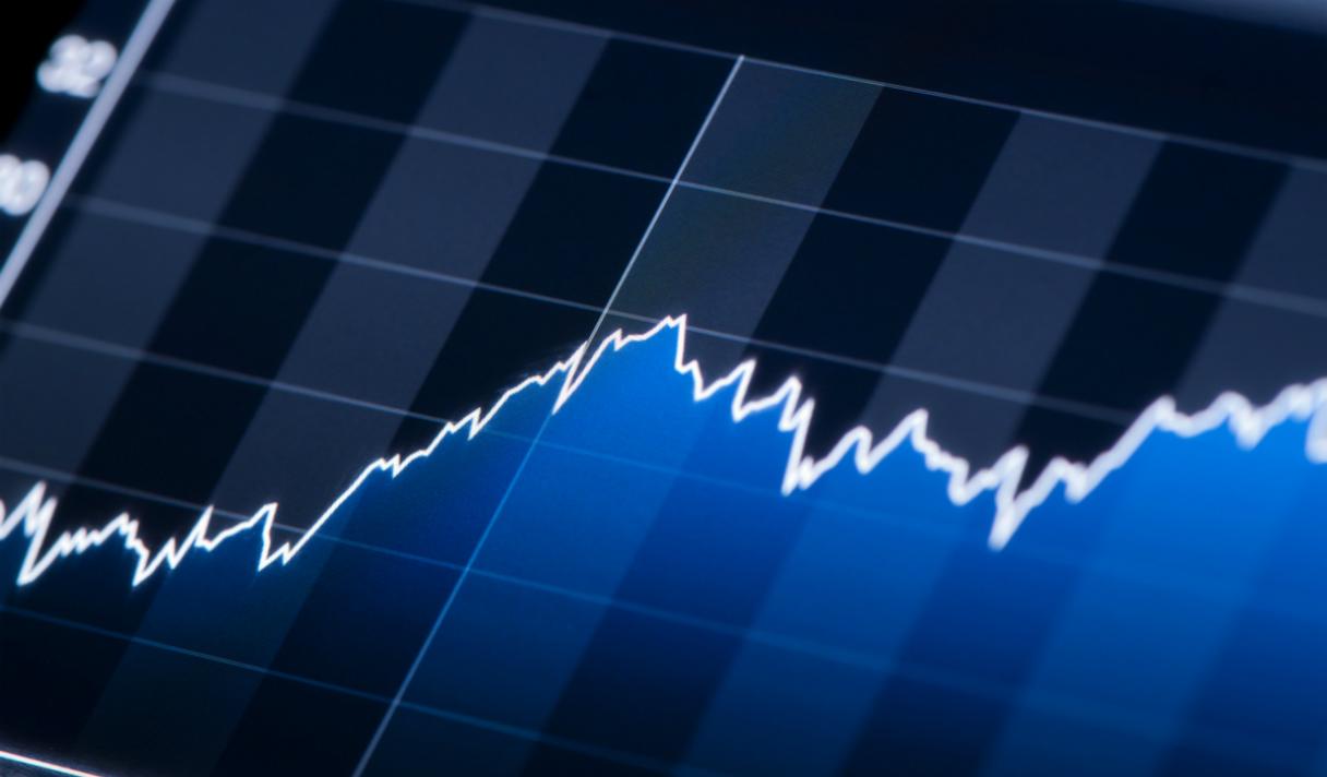 Google лидирует по популярности в августе (инфографика)