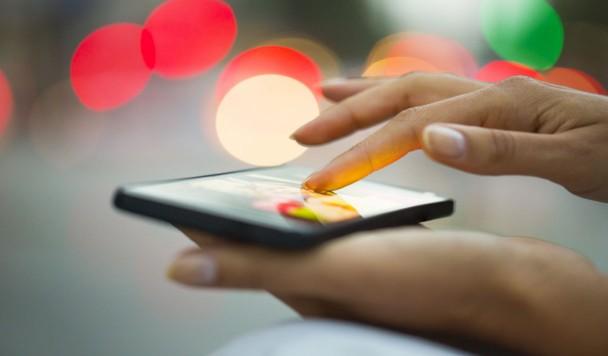 Затраты на мобильную рекламу в Великобритании превысят затраты на печатную