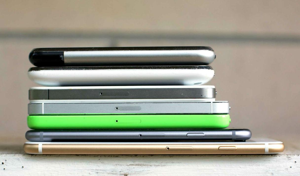 10 интересных фактов про iPhone (инфографика)