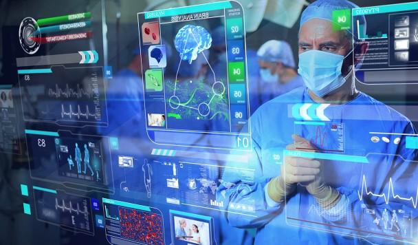 Нанороботы и бумажные карты: двойственность медицины