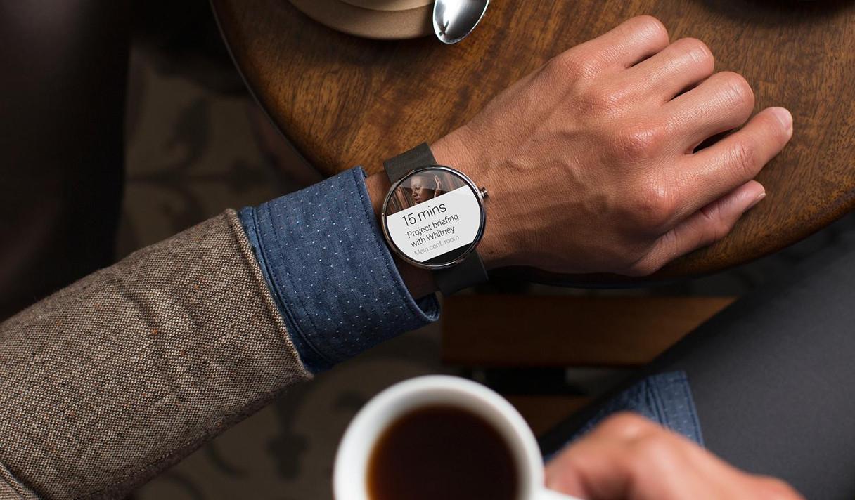 Android Wear бросает вызов Apple Watch