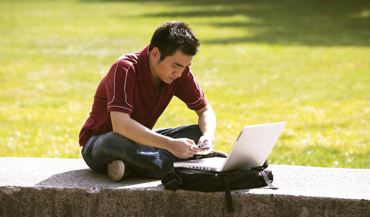 Каждый пятый американец почти всё время находится онлайн