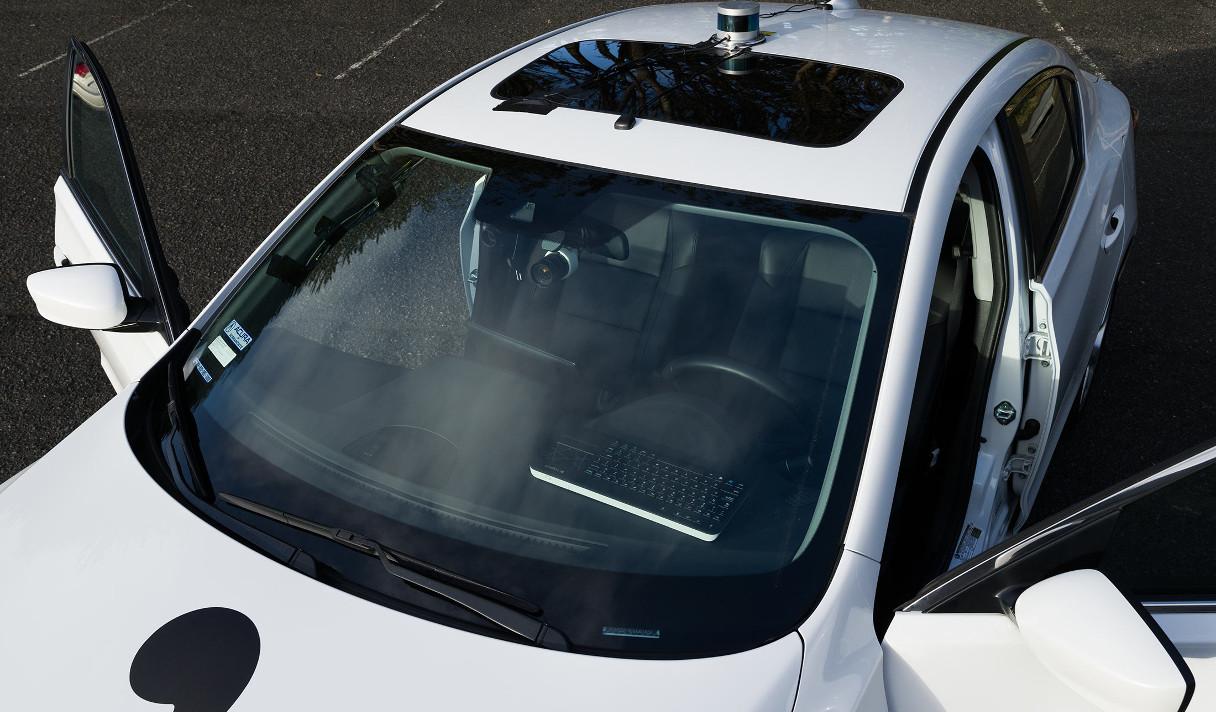 Первый самодельный беспилотный автомобиль и еще 5 новостей из мира IT, которые нужно знать сегодня