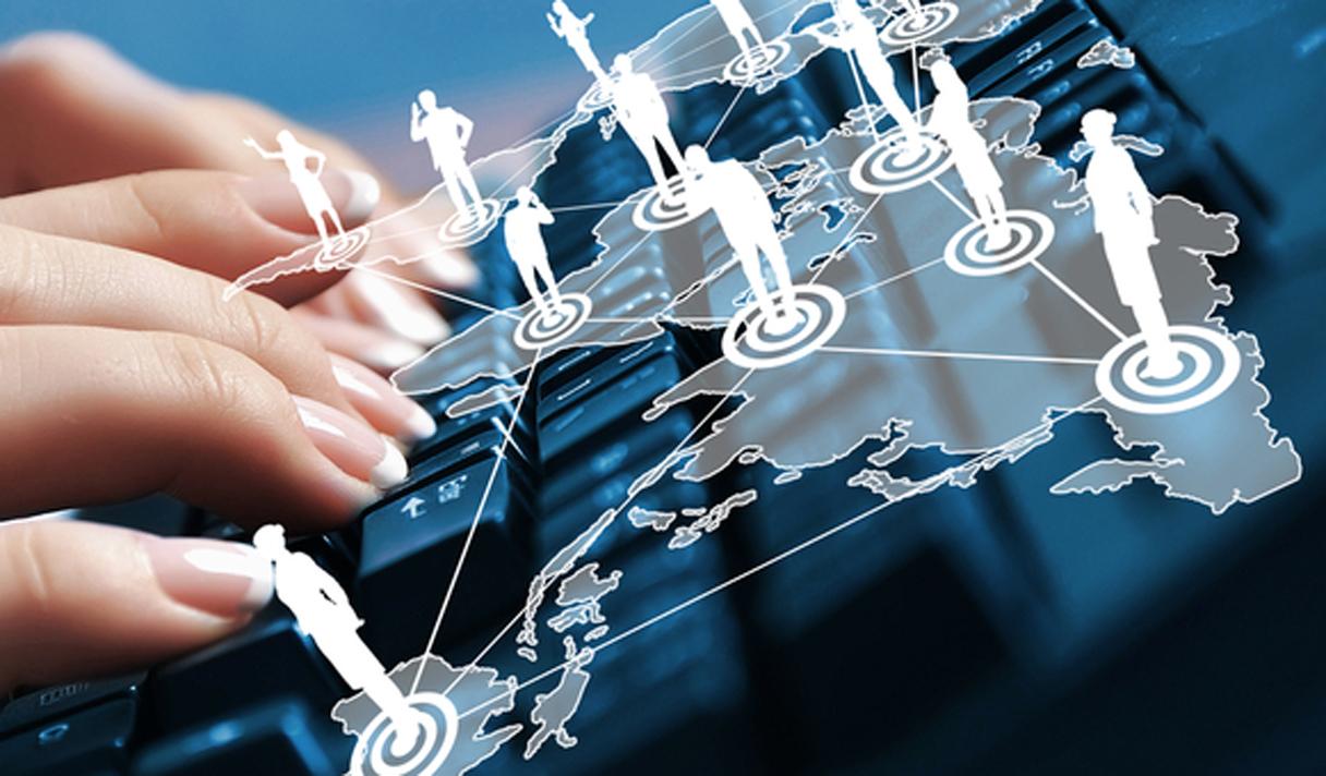 Как социальные сети помогают людям в реальной жизни