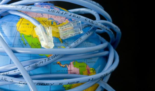 Достаточно ли Интернета в Украине?