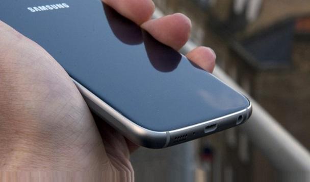 Новый флагман Galaxy S7 Edge засветился на новых рендерах