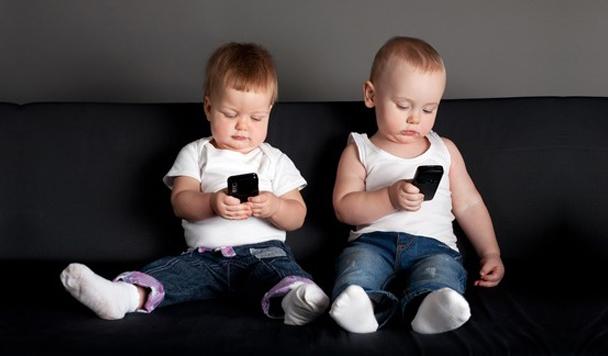 Топ-5 смартфонов для детей