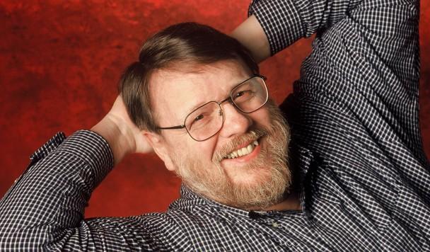 Умер Рэй Толминсон, человек, который изобрел электронную почту