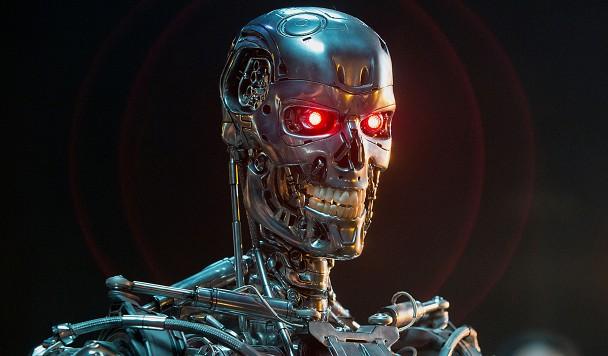 Как робот-нацист, «взорвал» мировые СМИ и перепугал экспертов