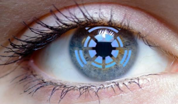 Технологии будущего: контактные линзы со встроенной камерой