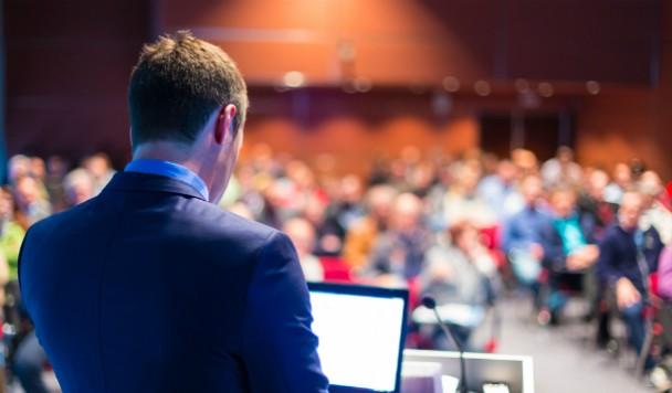 10 советов, как правильно ходить на конференции