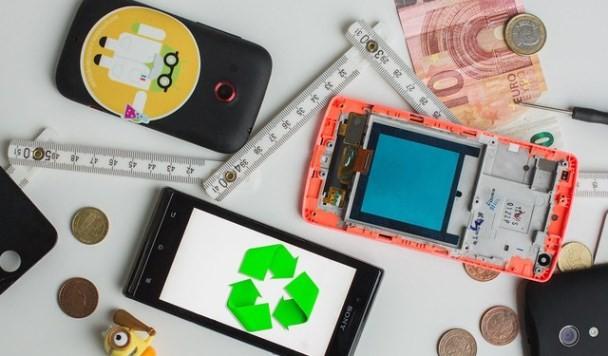 Как использовать старый смартфон: 13 свежих идей