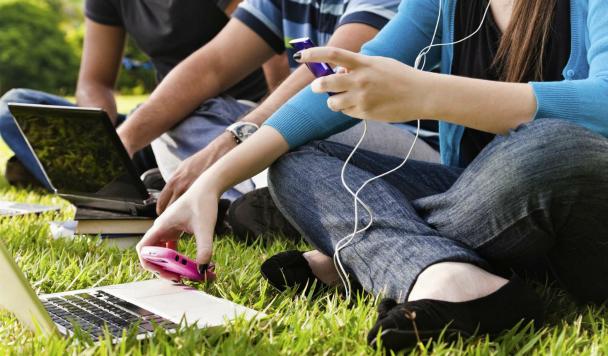 Лучшие «студенческие» гаджеты: для учебы и не только