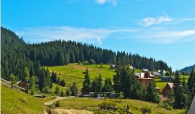 Google назвал топ-10 туристических направлений среди украинцев