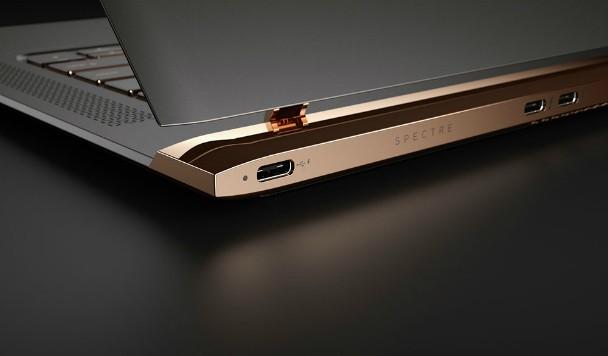 Новинки: самый тонкий ноутбук и изогнутый моноблок