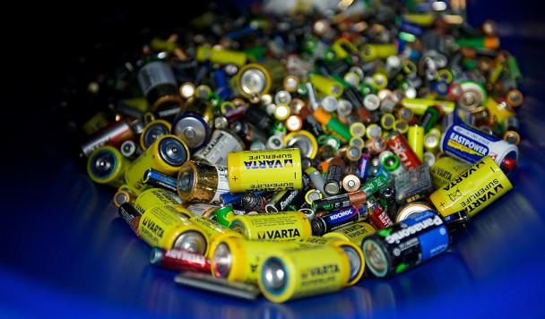 Куда батарейки деваются после «смерти» и что с этим делать в Украине