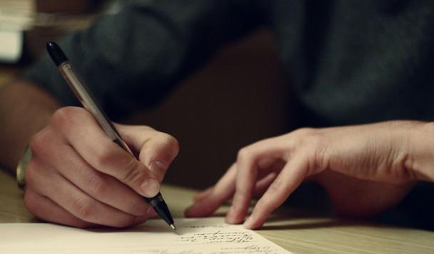 Почему писать от руки полезнее, чем печатать на клавиатуре