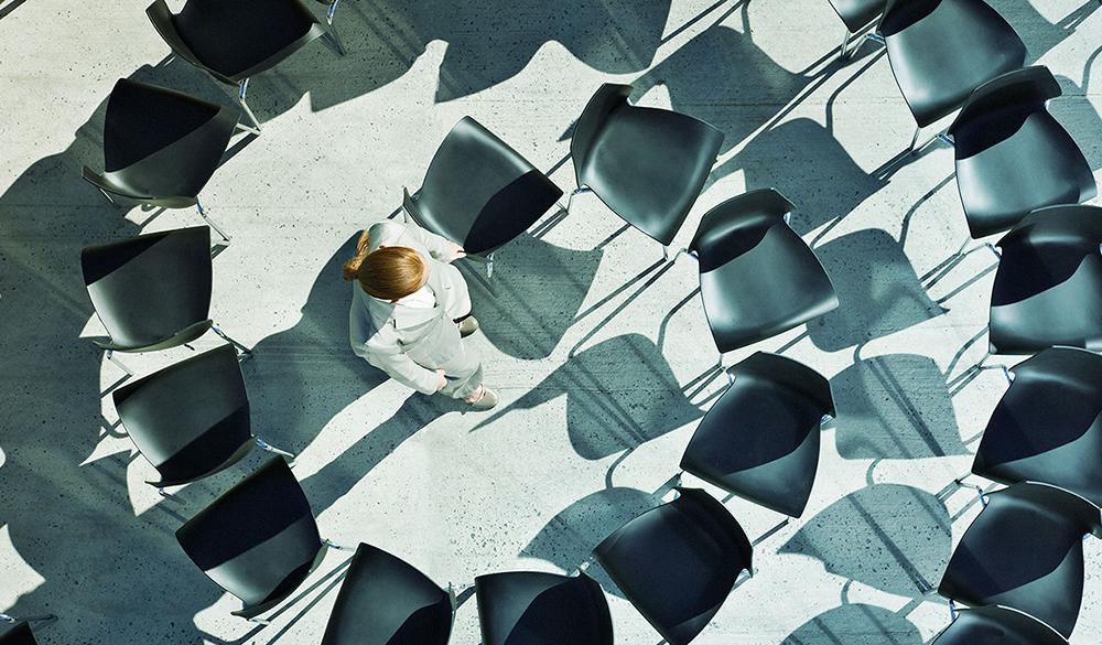 Компании без начальства: Как работает холакратия