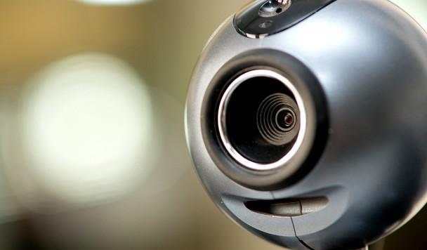 Советы для параноика: Зачем отключать веб-камеру и как это сделать