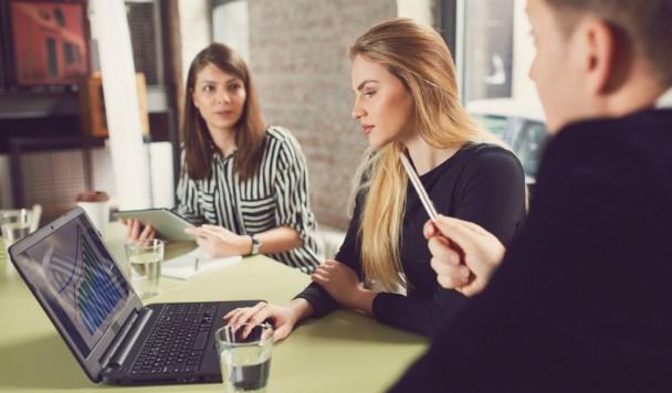 12 фраз, которые не стоит говорить на работе