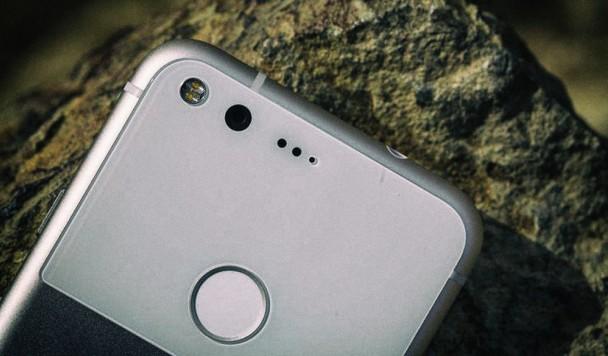 Самые интересные слухи о будущем Google Pixel 2