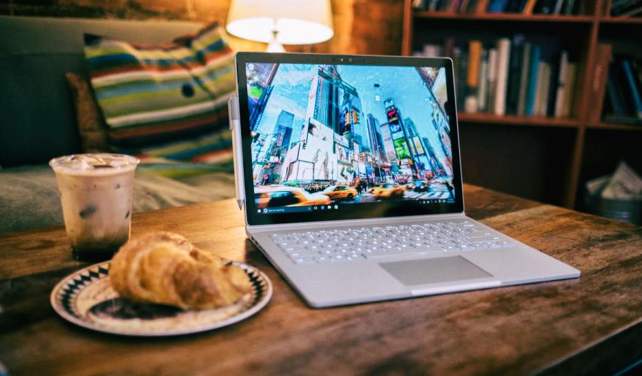 Самые интересные слухи о релизе Surface Book 2