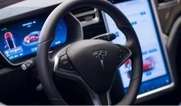 Tesla планирует запустить собственный музыкальный сервис