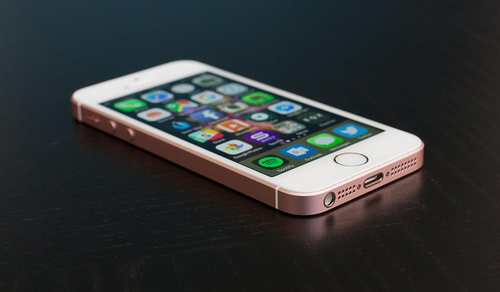 Топ-7 смартфонов топовых брендов, на которые стоит обратить внимание в 2017 год