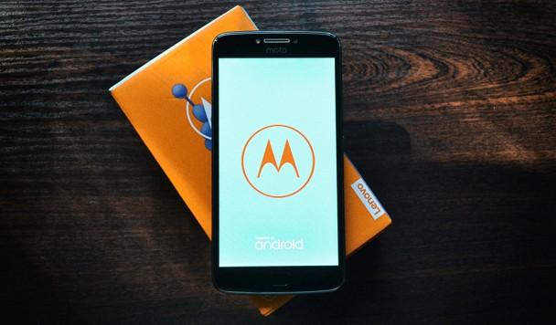 Обзор Moto E4 Plus: Мощный бюджетник с огромной батареей