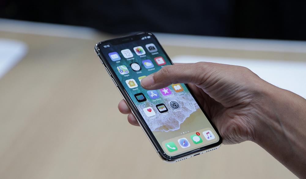 5 лучших и 5 худших особенностей iPhone X