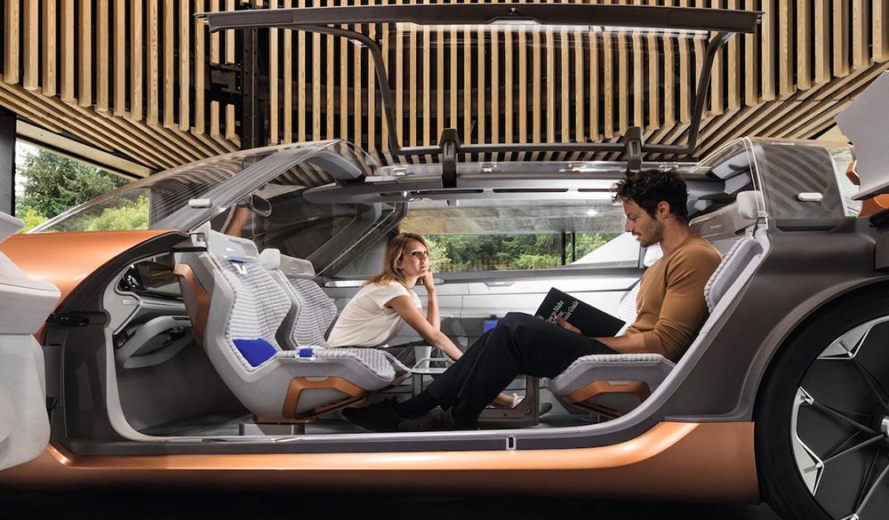 Удивительные интерьеры беспилотных автомобилей