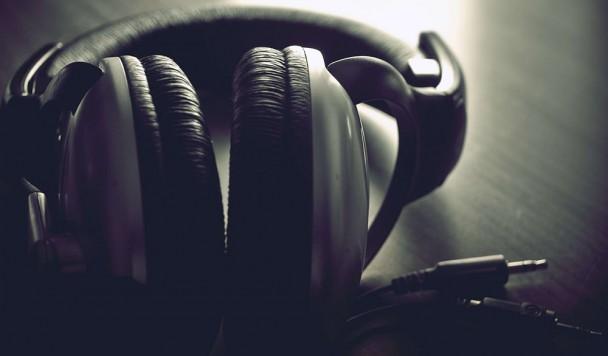 Как обмануть систему и слушать Spotify в Украине