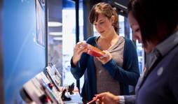 7 вещей, которые не нужно делать при покупке смартфона