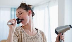 Ваш личный парикмахер: какой фен для волос лучше купить