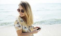 Почему в солнцезащитных очках неудобно пользоваться смартфоном