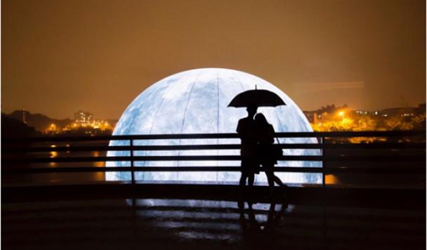 Китай вознамерился запустить искусственную «луну» для освещения улиц ночью