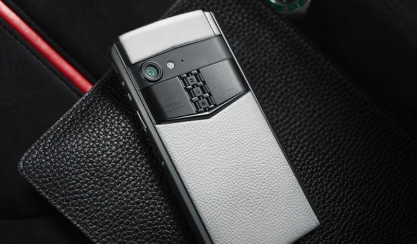 Vertu выпустила смартфон за 14 тысяч долларов