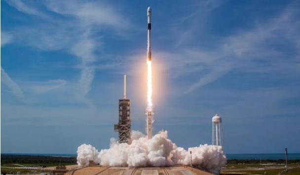 SpaceX готовится к очередному историческому запуску