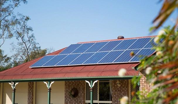Число частных домов, продающих свою солнечную электроэнергию в сети Украины, достигло 6000