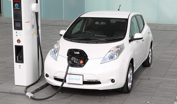 В этом году продажи электромобилей в Украине увеличились почти на 90%
