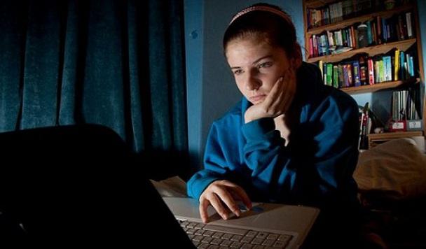 Как социальные сети влияют на подростков