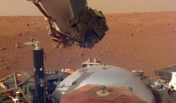 Селфи с Марса. Станция «Инсайт» приступает к работе
