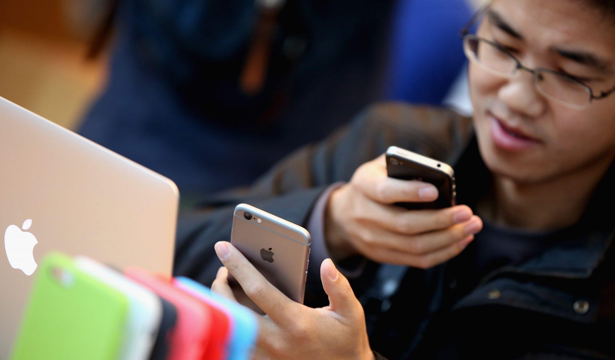 Война патентов? Китай запретил продажу айфонов