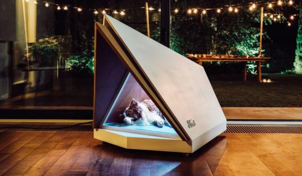 Создана шумоподавляющая будка, которая защищает собак от ужаса новогодних фейерверков