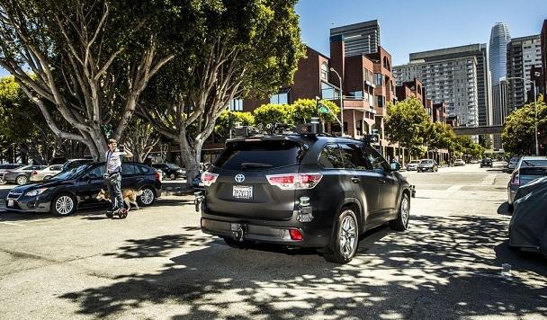 Калифорнийский стартап первым в США получил право перевозить пассажиров в беспилотных автомобилях