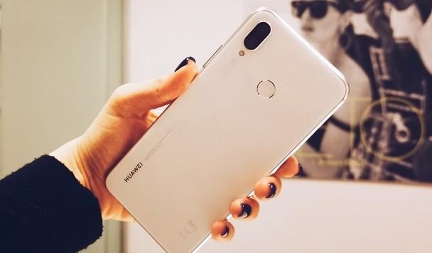 Huawei удалось продать 200 миллионов смартфонов в 2018 году