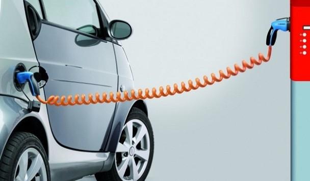 Каждый день на электромобили пересаживаются 20 украинцев
