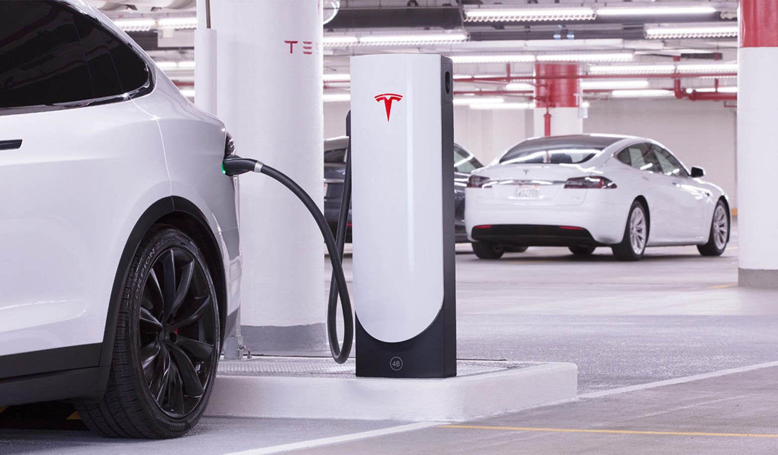 Илон Маск покупает компанию, разрабатывающую аккумуляторы будущего