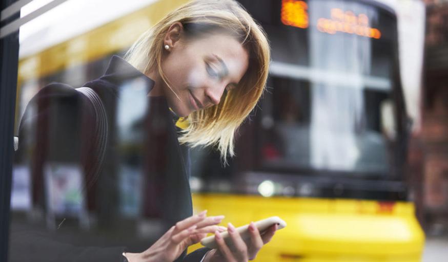 Во всех крупных городах Украины появится SMS-оплата в общественном транспорте